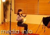 呼吸法でおなじみのシュミッツ千栄子先生が着用してくれました